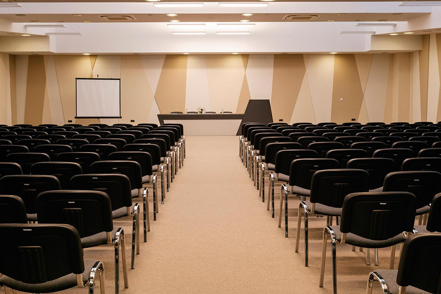 _conference_hall_3x2.jpg